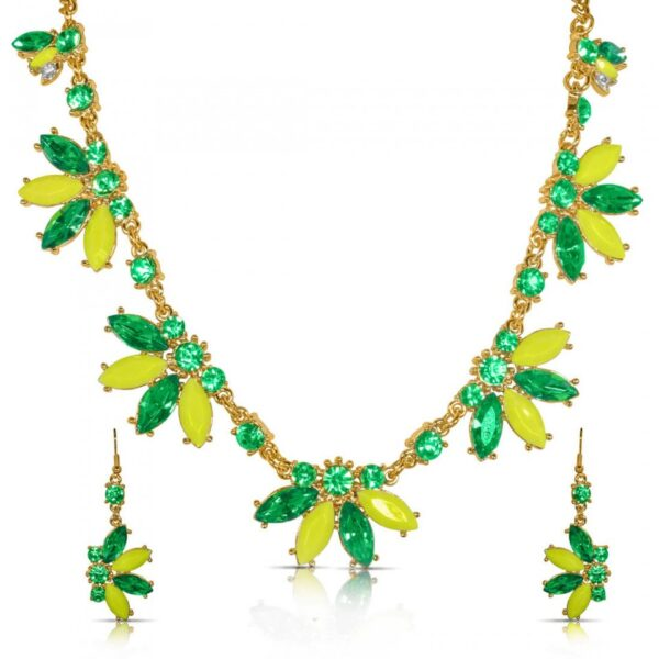 Resin Floral Petal Necklace with Earrings