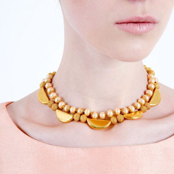 Short Golden Pearls & Golden Block Neacklace with Earrings