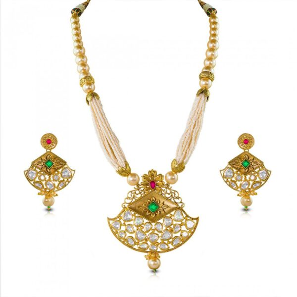 Pearl Kundan boat shaped necklace with earrings